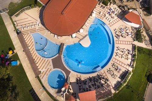 Book Corinthia Baska Sunny Hotel By Valamar In Baska Hotels Com