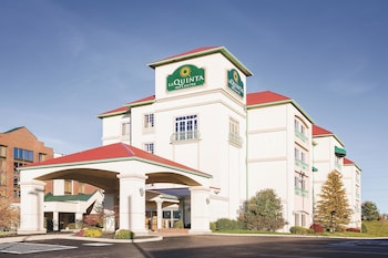 Picture of La Quinta Inn & Suites Cincinnati Airport/Florence in Florence