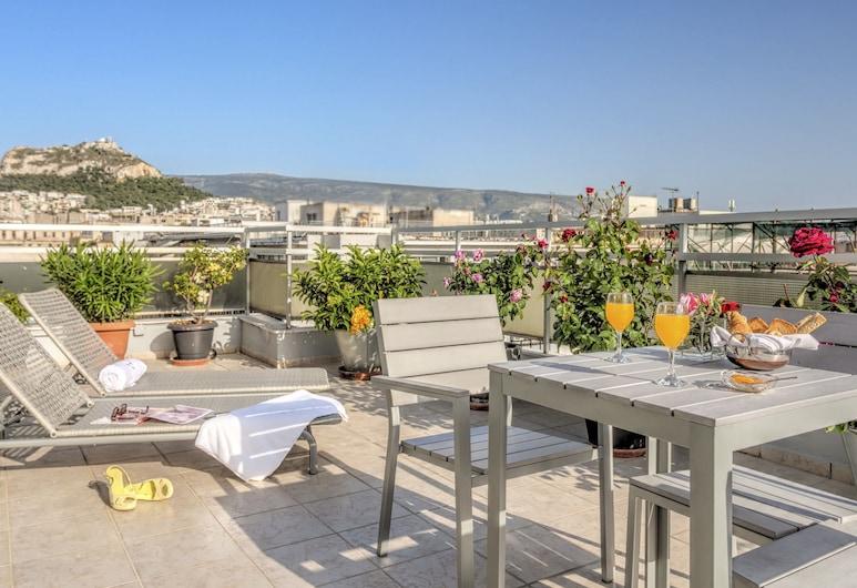 Polis Grand Hotel, Athén, Lakosztály, 1 hálószobával, terasz, kilátással a városra, Terasz/udvar