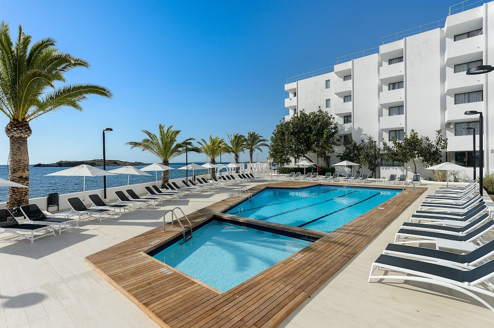Hotel pas cher ibiza eivissa for Comparateurs hotels pas chers