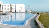 Choose This 4 Star Hotel In Conil de la Frontera
