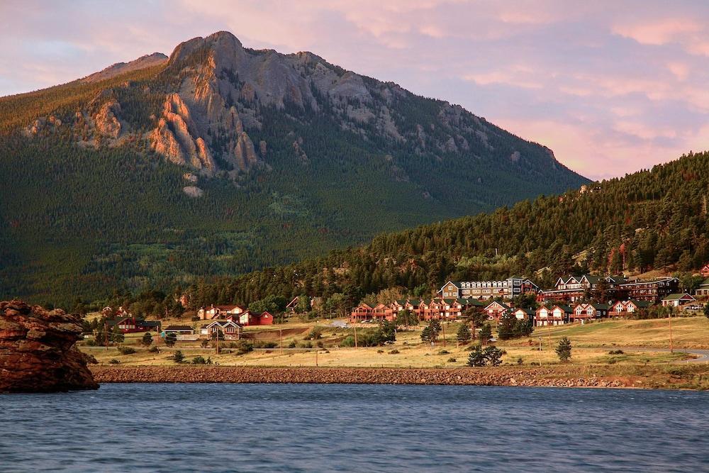 Marys Lake Lodge Mountain Resort and Condos, Estes Park