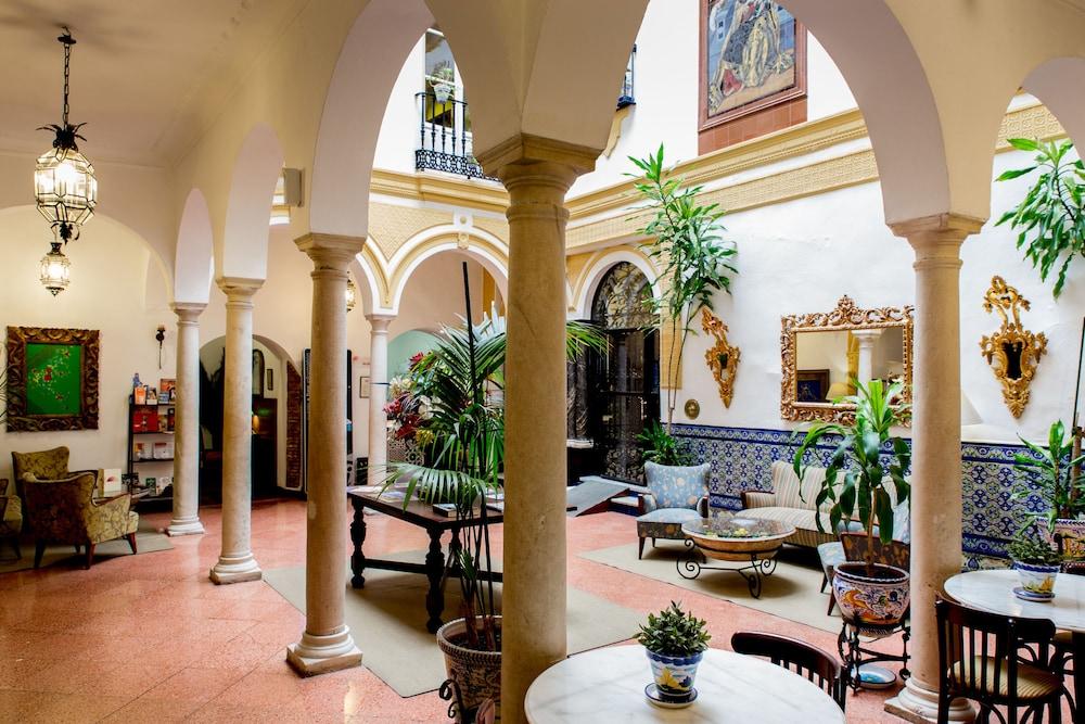 Hotel Abanico Seville