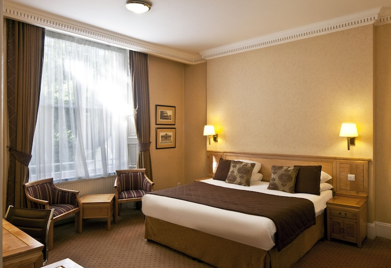 Grange Buckingham, London, Quadruple Room, Guest Room