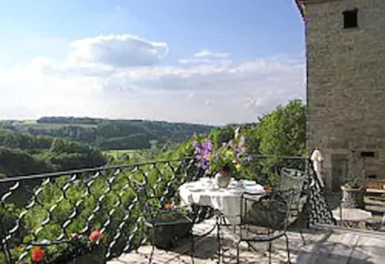 Burg-Hotel Relais du Silence, Rothenburg ob der Tauber, Terrace/Patio