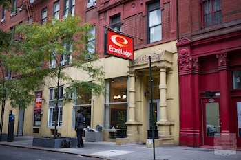 Book this 2 Star Hotel in New York