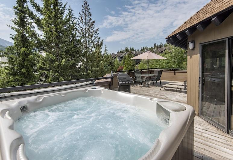 The Ironwood by Whiski Jack, Whistler, Condo, 3 Bedrooms, Hot Tub (Unit 311), Terrace/Patio
