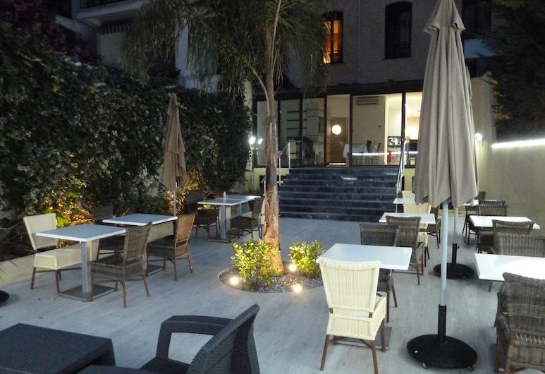 Hôtel Saint Georges, Niza, Terraza o patio