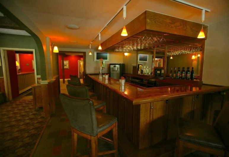 The Upper Pass Lodge at Magic Mountain, Londonderry, Bar Hotel