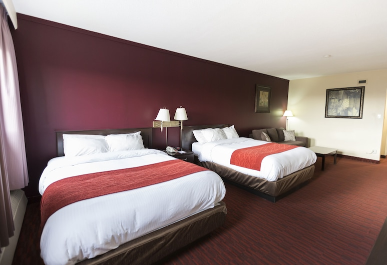 Argyll Plaza Hotel, Edmonton, 2 Queen Beds, Guest Room