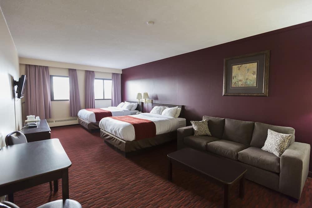 2 Queen Beds with Kitchenette - الصورة الأساسية