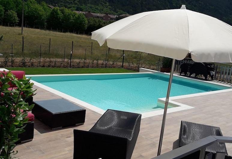 La Compagnia del Viaggiatore, L'Aquila, Outdoor Pool