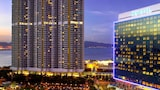 Choose This Luxury Hotel in Tung Chung