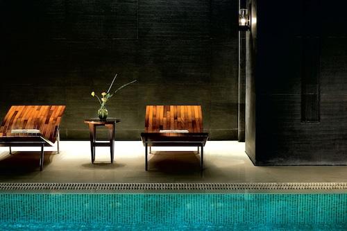 北京金融街麗思卡爾頓酒店/