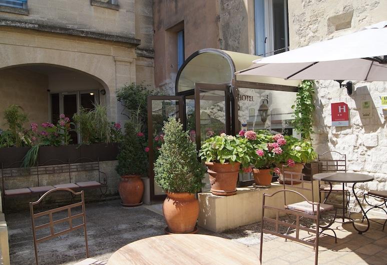 Hôtel La Muette, Arles, Hotellentré