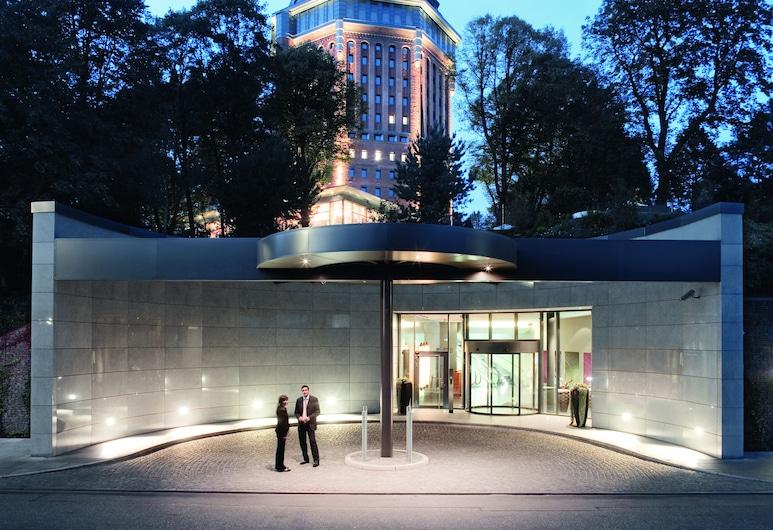 Movenpick Hotel Hamburg, Hamburgo, Fachada del hotel