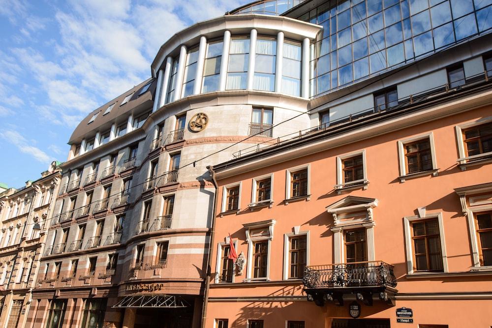 Ambassador Hotel, St. Petersburg