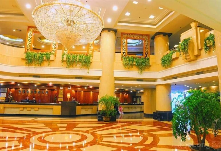 Crown Hotel, Uhanas, Vestibiulis