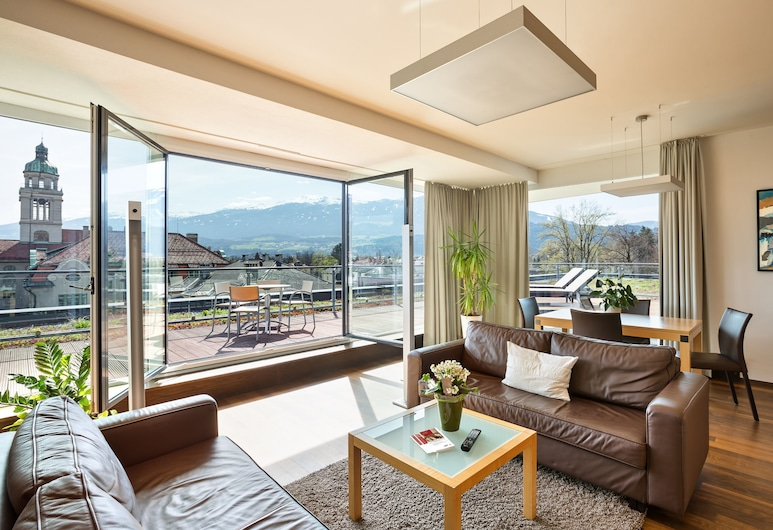 Austria Trend Hotel Congress Innsbruck, Innsbruck, Panoramic Suite, Living Area