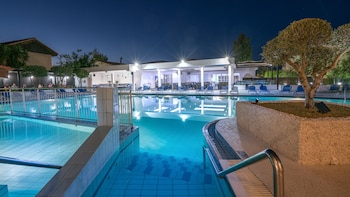 Picture of Diana Palace Hotel in Zakynthos