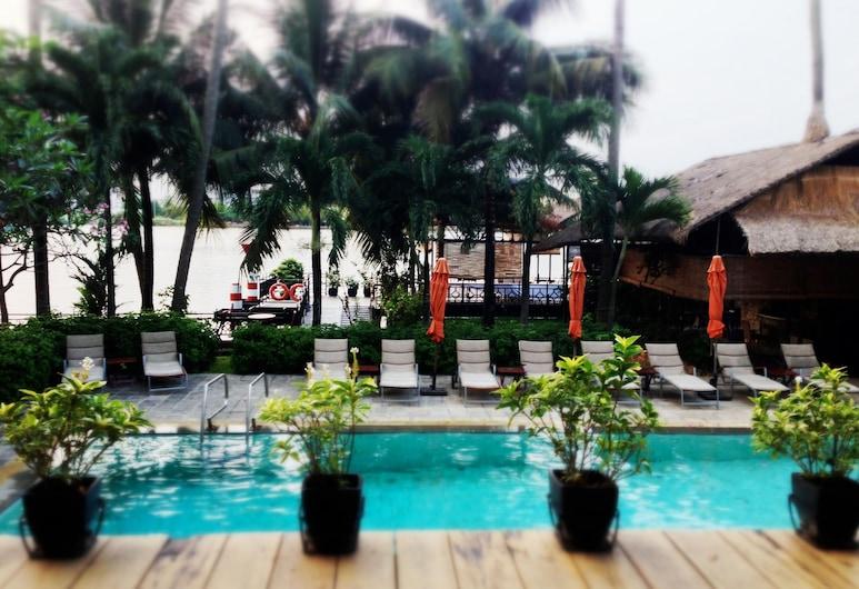 Saigon Domaine Luxury Residences, Ho Chi Minh City, Outdoor Pool
