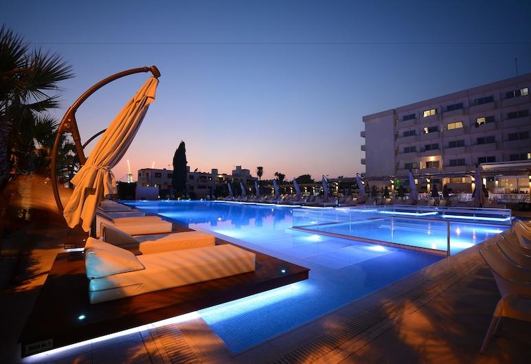 Nestor Hotel, איה נאפה, בריכה חיצונית
