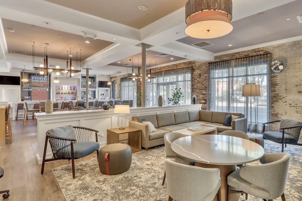 Staybridge Suites Savannah Historic District, an IHG Hotel