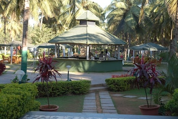 Picture of Royal Orchid Resort & Convention Centre in Bengaluru