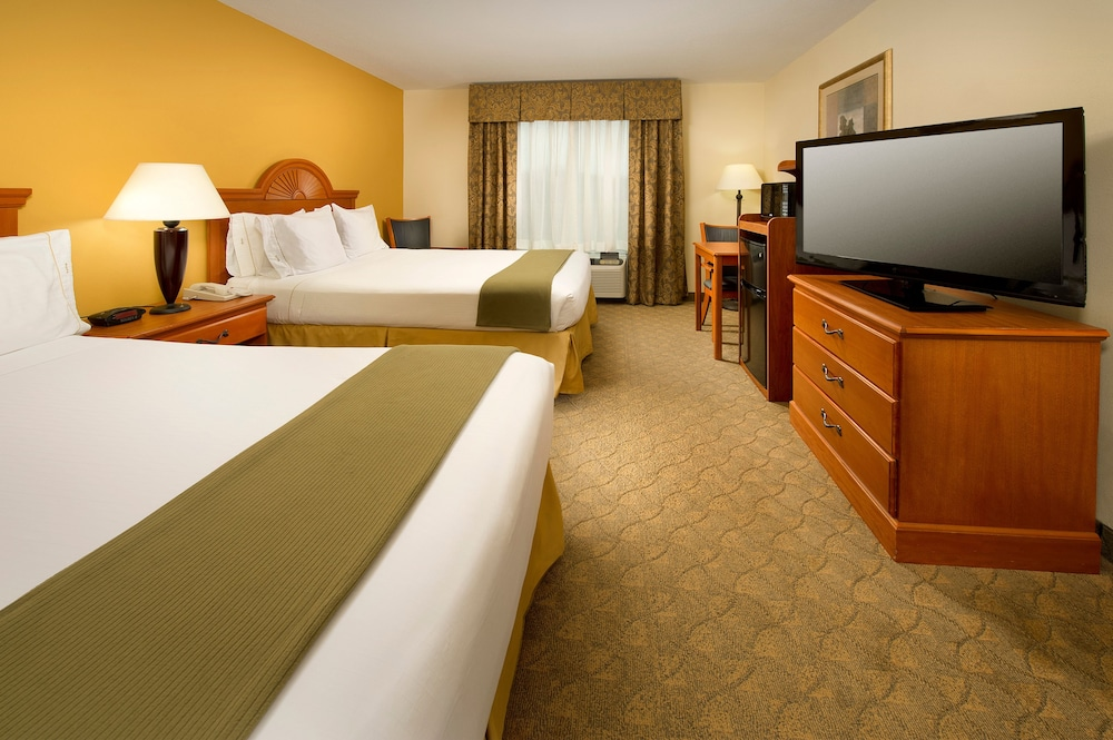 Holiday Inn Express Suites Lenoir Cty City