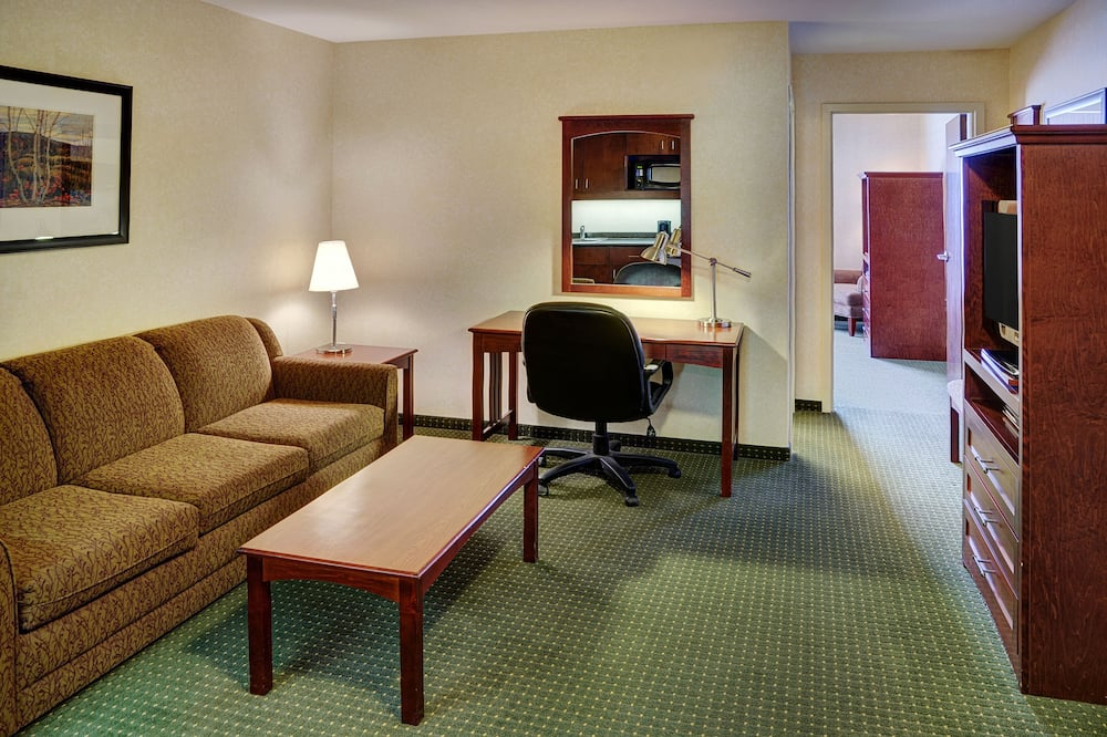 Paaugstināta komforta numurs, 2 divguļamās karalienes gultas - Dzīvojamā zona