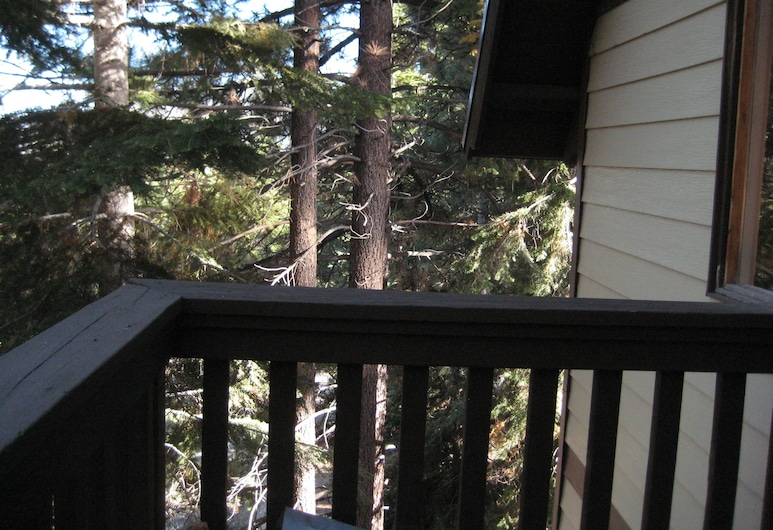 Mammoth View Villas Mammoth Reservation Bureau, Mammoth Lakes, Condo, 2 Bedrooms (+ Loft), Balcony