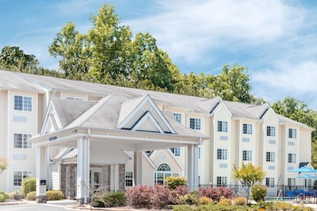 Picture of Microtel Inn & Suites by Wyndham Gardendale in Gardendale