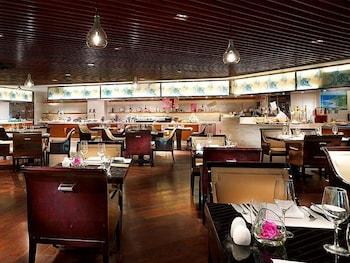 Choose This Luxury Hotel in Nanjing