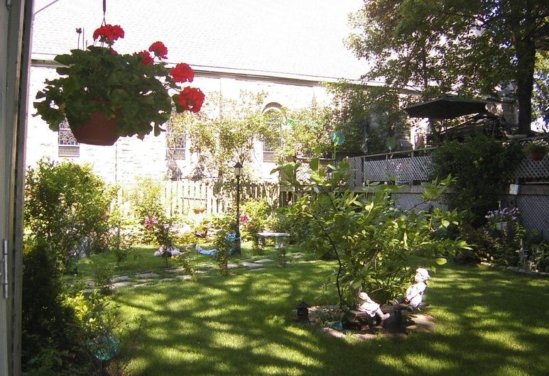 ローズ アーデン ベッド & ブレックファスト, ハミルトン, 庭園