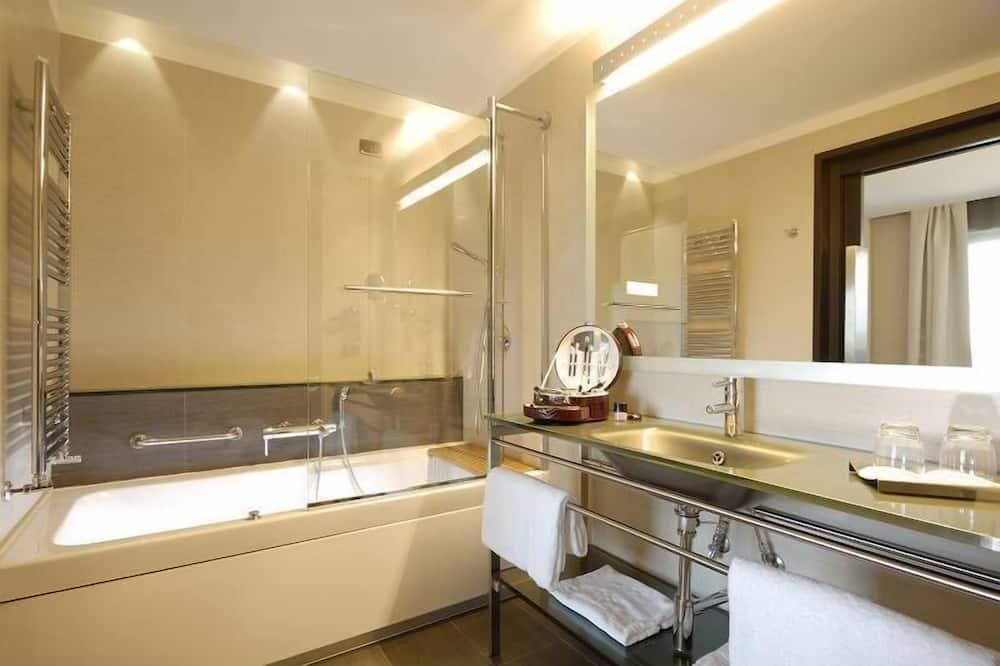 套房, 1 張標準雙人床及 1 張梳化床 - 浴室