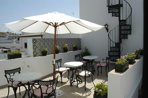 橄欖樹飯店/