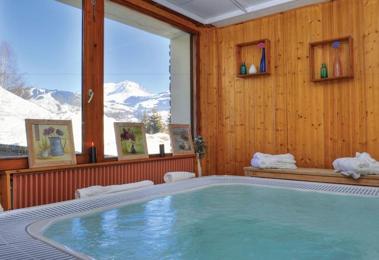 Les Chalets du Prariand - Vacances Bleues, Megeve, Indoor Spa Tub