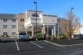 Picture of Comfort Inn & Suites Northern Kentucky in Wilder