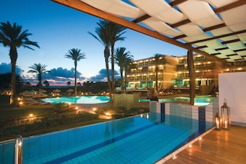 Picture of Constantinou Bros Asimina Suites Hotel in Geroskipou