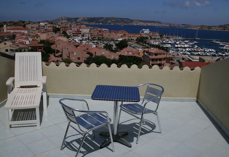 Hotel Piccada, Palau, Double Room, Sea View, Terrace/Patio