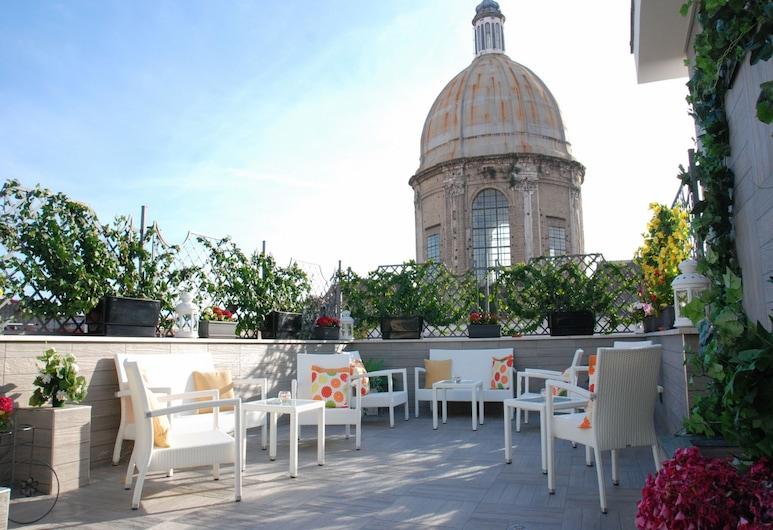 Hotel San Pietro, Naples