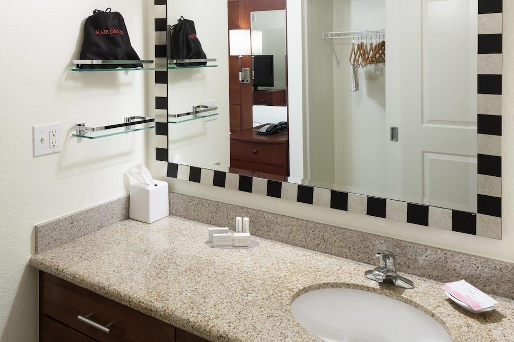 Suite, 1 chambre, non-fumeurs - Salle de bain