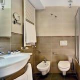 Comfort Double or Twin Room, Sea View - Bathroom