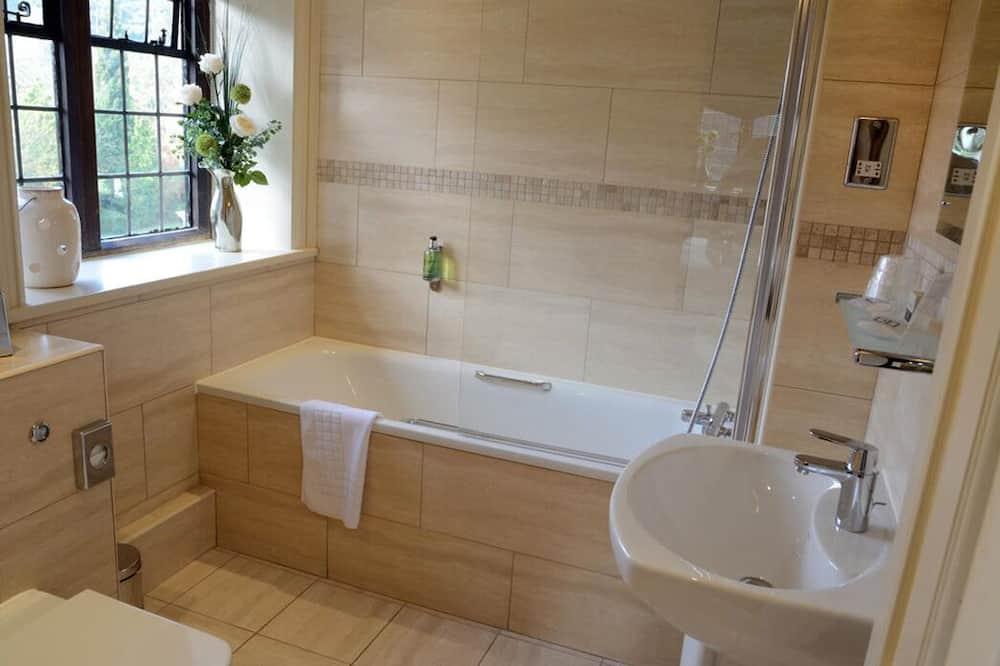Класичний двомісний номер, 1 двоспальне ліжко - Ванна кімната