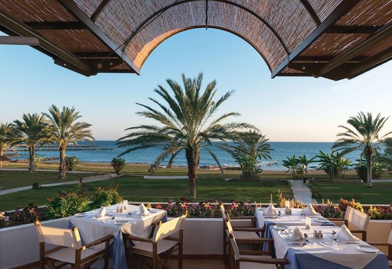 Constantinou Bros Athena Royal Beach Hotel, Paphos, Restaurant