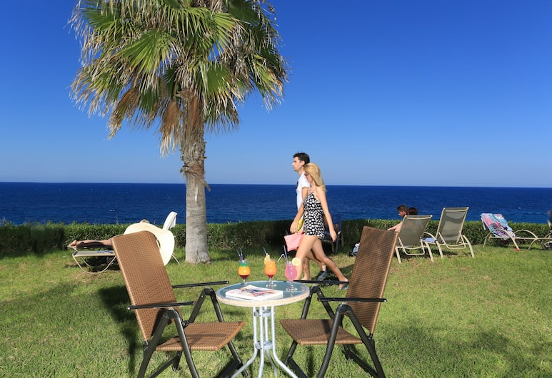 Eleni Holiday Village, Paphos, Outdoor Dining