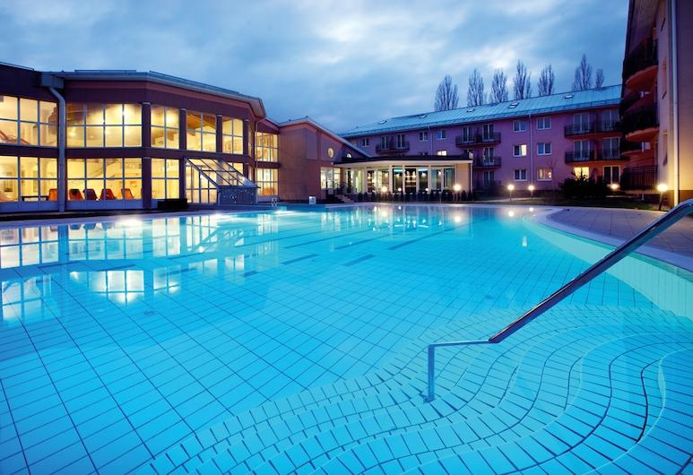 Hotel Európa Fit, הוויץ, בריכה חיצונית