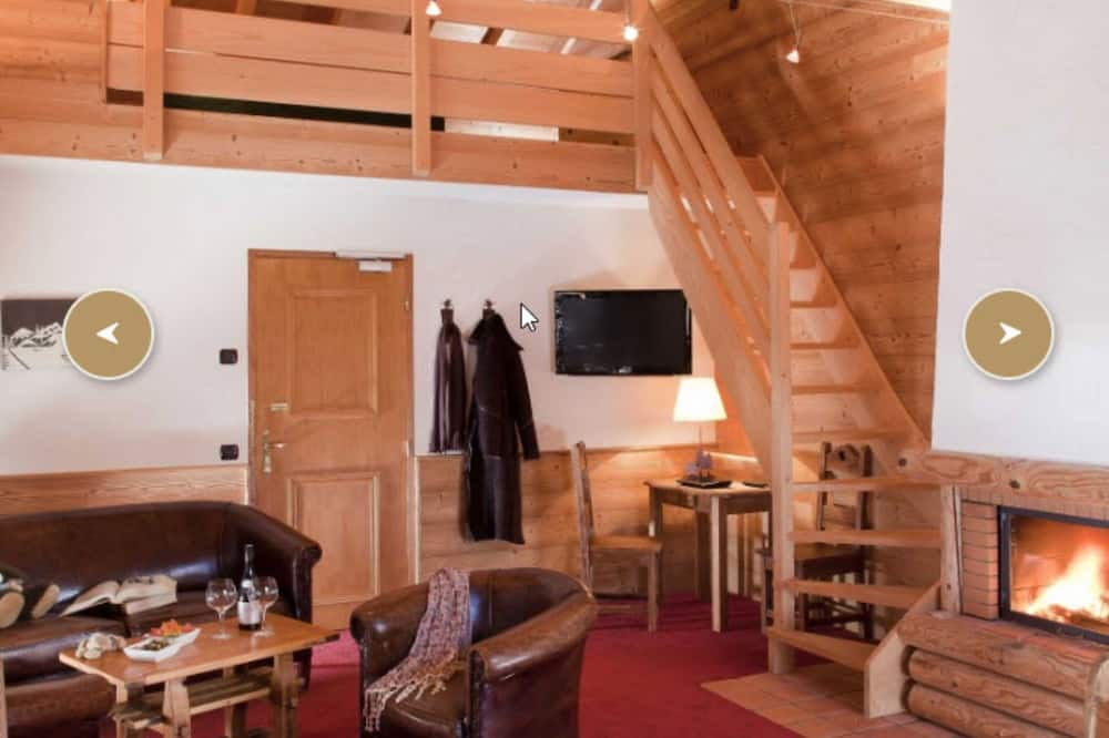 شقة (Privilege / Privilège) - منطقة المعيشة