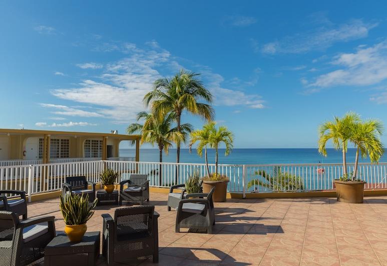Villa Cofresi Hotel, Rincon, Terasa/trijem