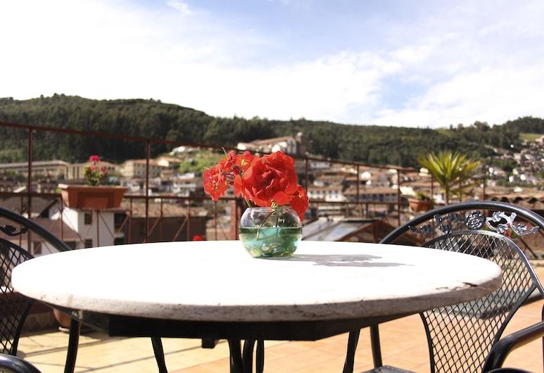 رويال إنكا 2 إكسبيريانس باي إكسيما هوتلز, Cusco, تناول الطعام بالخارج